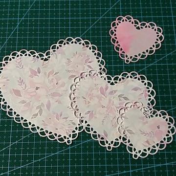 Nested Lace Heart Frame Metal Cutting Dies Scrapbooking Craft Dies Cuts Thin Paper Art Emboss Card Make Stencil 10.7x10cm