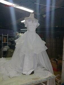 Image 5 - ויויאן של כלה 2019 חם רעיוני שמלת סאטן חתונה שמלה סקסי סטרפלס כבוי כתף להסרה רכבת בת ים כלה שמלה