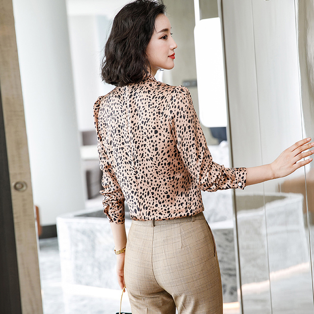 Lenshin Leopard Pattern Loose Shirt Breathable Soft V-neck Draped Blouse Women Female Wear Casual Style Office Lady Tops 4