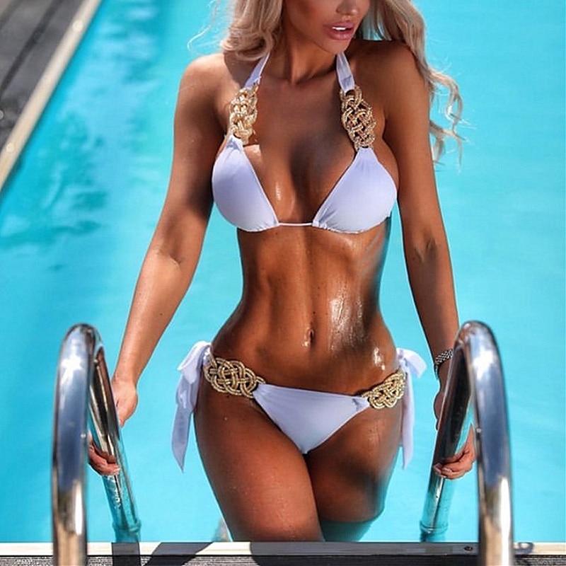 Maillot de bain bikini brésilien