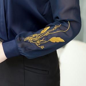 Image 5 - Professionale Camicia di Raso Delle Donne di 2019 Nuovi di Modo di Autunno Ricamato A Maniche Lunghe Slim Camicette Signore Dellufficio di Lavoro Magliette E Camicette