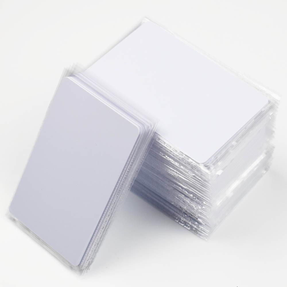 RFID kulcskártya-hozzáférés-vezérlőkártya 13,56 MHZ érintésmentes nagyfrekvenciás IC-kártyák Fehér PVC hozzáférési jelenlétű NFC-kártya