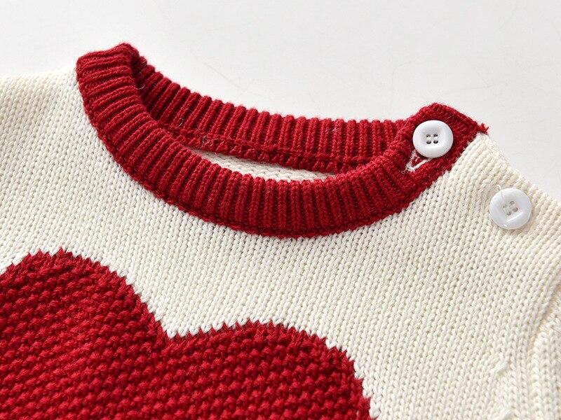 Nowe wiosenne białe nowonarodzone dziecko dzianiny sweter ubrania miłość bawełna wełna hakama dziecko dziergany sweter chłopiec śpioszki dziewczęce
