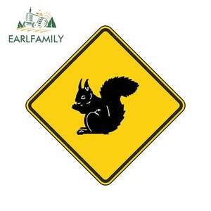 Earlfamily 13cm x 13cm estilo do carro esquilo aviso adesivo carro pára-choques decalque cuidado amarelo caça floresta arma carro adesivo