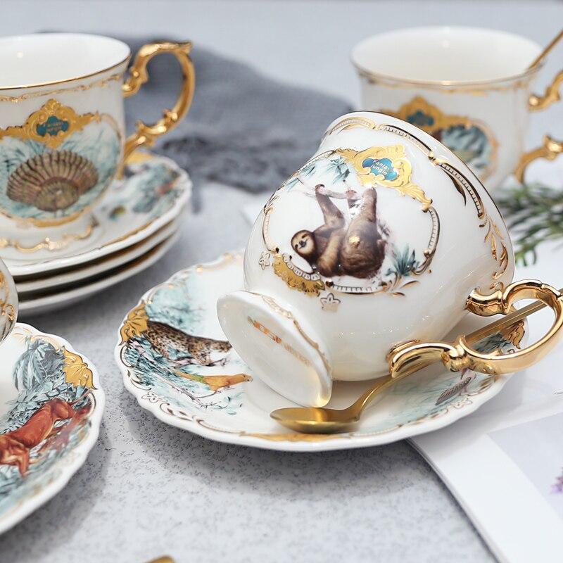 Купить набор керамических кофейных чашек в форме джунглей животных