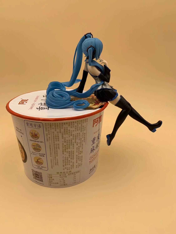 New Cute Anime Vocaloid Hatsune Miku Noodle Stopper Miku Statue PVC Action Figure Collectible Model Kids Toys Doll 10CM B19 4