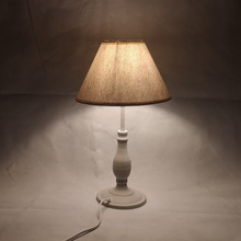 E14 lámpara de mesa 40w pequeña Beige junto a la iluminación para la lectura del dormitorio bombilla LED de color blanco cálido cuidado de la vista decoración de la luz nocturna
