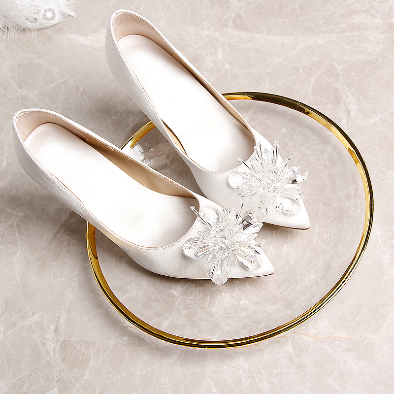 Bride Pumps White Shoes Satin Glass Flowers Pointed Toe Silk Material Thin Heels 3cm 6cm 9cm Brand Party Shoes Heels Plus Size