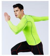 Koszulki do biegania męskie koszulki kompresja Rashguard męskie siłownia TShirt koszulki sportowe odzież sportowa Slim Fit T Shirt człowiek szybkoschnące koszulki tanie tanio kiss me CN (pochodzenie) AUTUMN Poliester Pasuje prawda na wymiar weź swój normalny rozmiar 555012