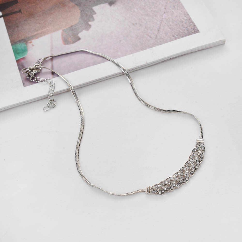 Novo design bohemia feminino elegante gargantilha jóias de luxo glitter strass clavícula corrente torção oco ouro prata curto colar