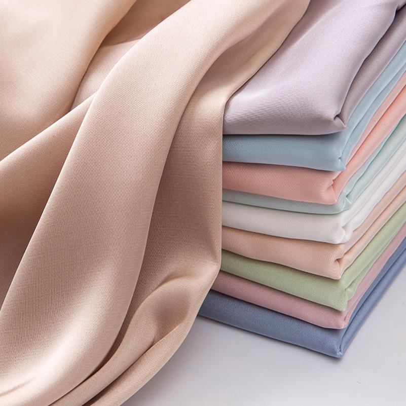 Атласная Полиэстеровая летняя шифоновая ткань для шитья одежды, пижамы, рубашек, квилтинга, микро-эластичная ткань