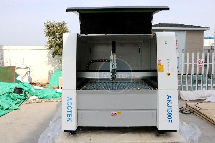 Китай Цзинань AccTek волокна резки фрезерные машины 1390 с дружественным