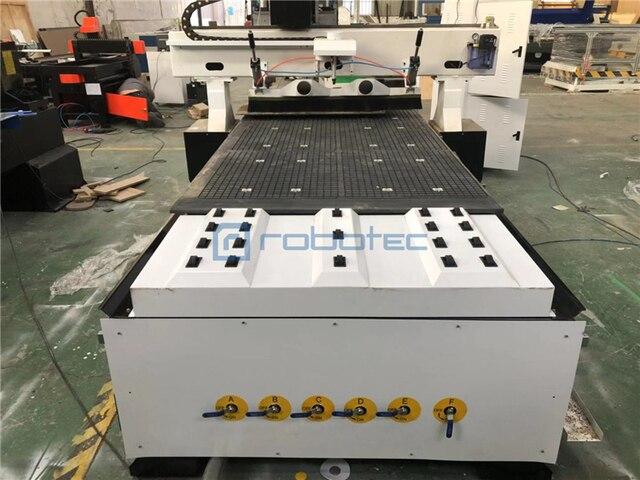 Fabryka cnc maszyna do rzeźbienia w drewnie na sprzedaż/główne drzwi rzeźbione w drewnie projekt maszyny z obrotowym/2030 drewniane drzwi maszyna do produkcji ram