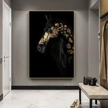 Картина на холсте для гостиной плакат с черной и золотой лошадью