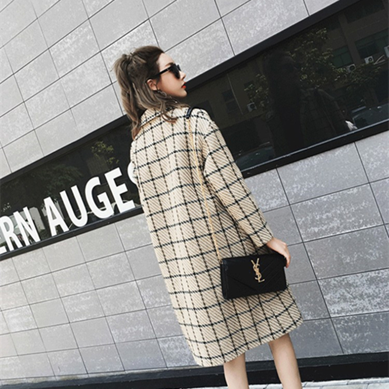 Women Winter Autumn New Plaid V-Neck Double Breasted Wool Coat Female Loose Casual Fashion Comfortable Tweed Coat ZX1192