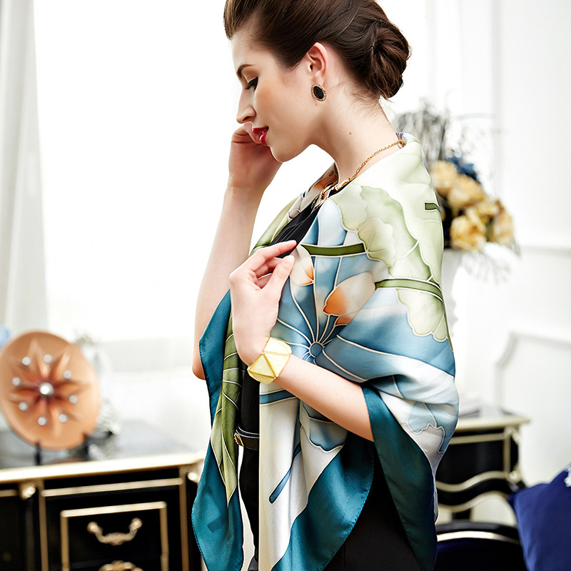 New Style Gift Silk Scarf/scarf
