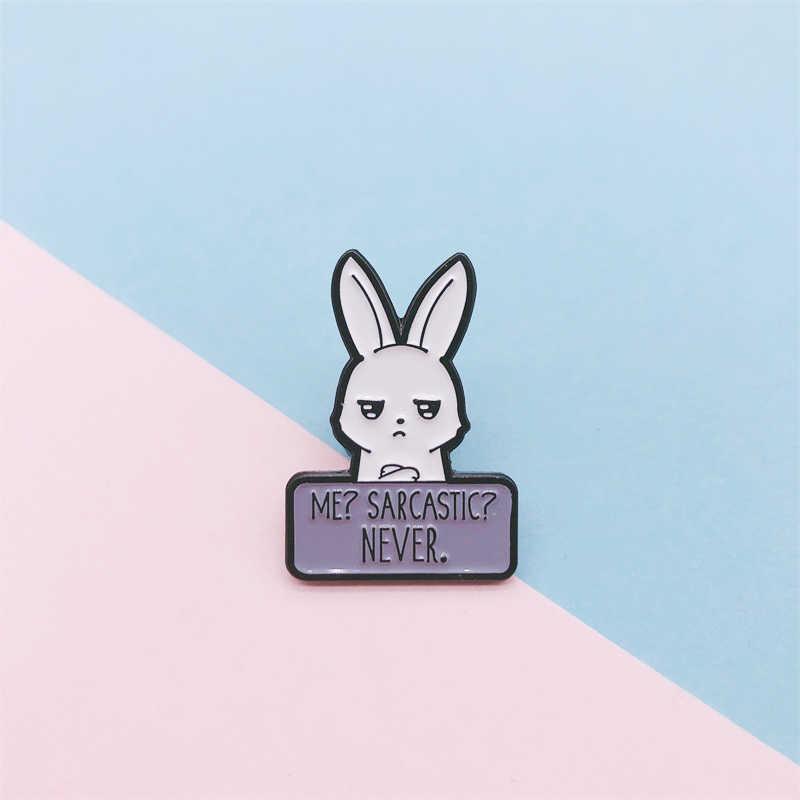Del Fumetto Sarcastic Del Coniglio Dello Smalto Spille Custom Un'occhiataccia Bunny Spille Vestiti Del Sacchetto di Modo Distintivo Punk Dei Monili Del Regalo per Gli Amici Del Capretto