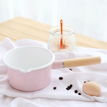 Japanese porcelain enamel single wood handle instant noodles thickened samll baby foodmilk soup pot saucepot pan stewpot pink