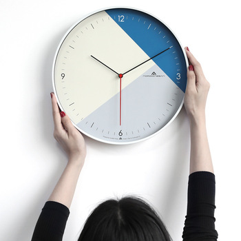 Silent Luxury Wall Clock Metal Modern Design Nordic Simple Fashion Home Clock Wall Zegar Scienny Living Room Decoration MM50WC