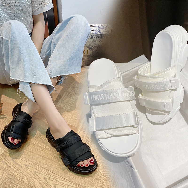 Dad Sandals And Slippers Female 2020 Letters Thick Bottom Velcro Increased Outside Wear Beach Shoes Lazy One Pedal Slippers Z760
