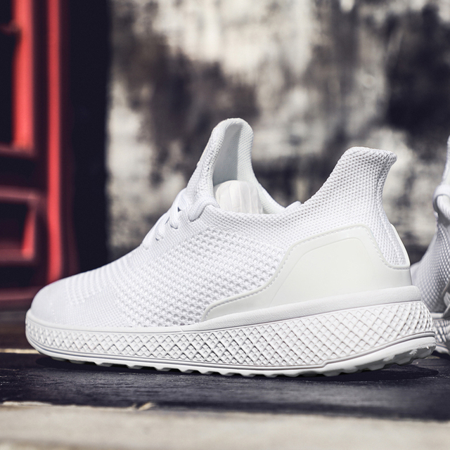New Brand Summer Classic White EVA Men'S Sneaker Low-Cut Casual Flyweather Men'S Fashion Low To Help Fashion Men Casual Shoes