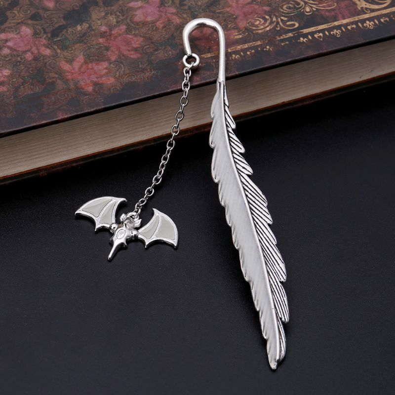 Glow In The Dark Luminous Book Marker Creative Feather Bat Bookmark Label School Office Stationery LX9A