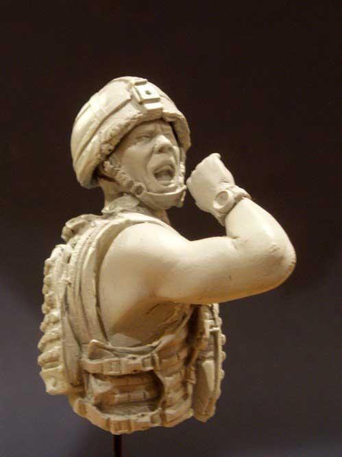 1/12   Modern British Man Bust    Resin Figure Model Kits Miniature Gk Unassembly Unpainted