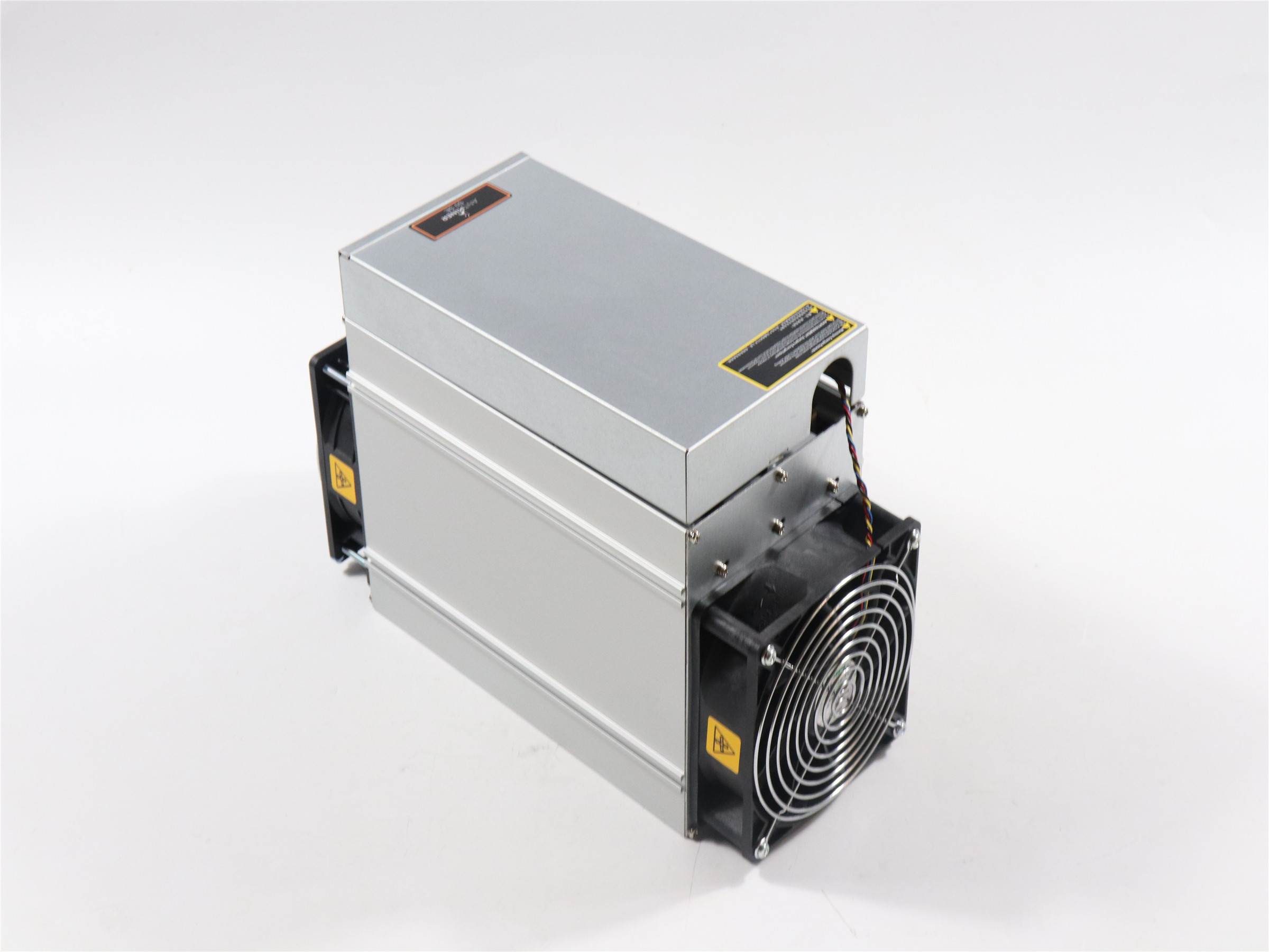 Free ship  AntMiner S9 SE 16TH/S Asic Bitcoin BCH BTC Miner Better Than S9 13.5t 14t S9j 14.5t S9k S11 S15 S17 T17 WhatsMiner M3 1