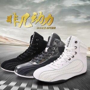 Zapatos de lucha de boxeo, calzado deportivo de combate transpirable de goma, entrenamiento profesional de fitness, tamaño real