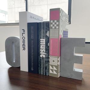 Image 2 - Grande letra de concreto molde de silicone cimento alfabeto decoração molde criativo escritório bookends molde 16*3cm