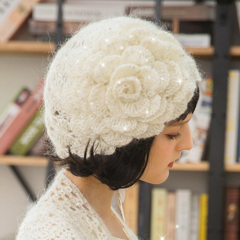 Sequins Knitting Beret Caps Women Winter Autumn Korean Knit Berets Cap Girl Sweet Lovely Flower Fashion Elegant Warm Hat H6773