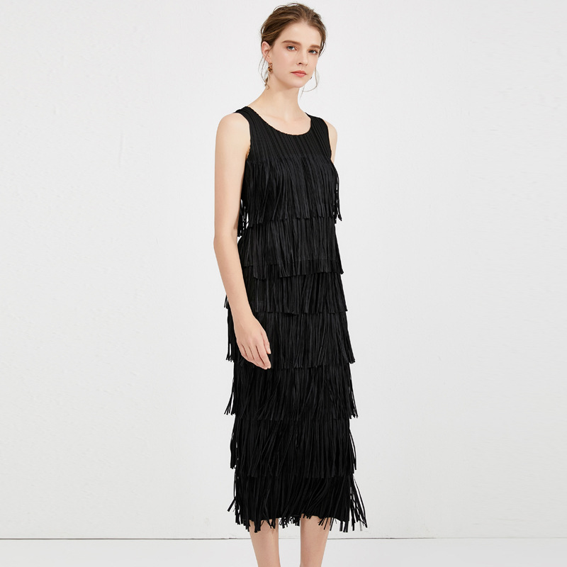 Plus Size <font><b>Skirt</b></font> Suits For Women 45-75kg 2020 Spring Summer Round Neck Tank <font><b>Top</b></font> + Elastic Miyake Pleated <font><b>Tassels</b></font> <font><b>Skirt</b></font> 2 PCS <font><b>Set</b></font> image