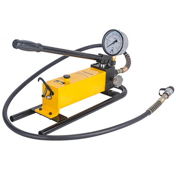 CP-700D Manual/Pedal Hydraulic Pump With Pressure Gauge Square Pump High Pressure Single Circuit Hydraulic Pump Reinforced Base high pressure hydraulic manual pump portable hydraulic pump 700 kg cm2 900cc hydraulic pump