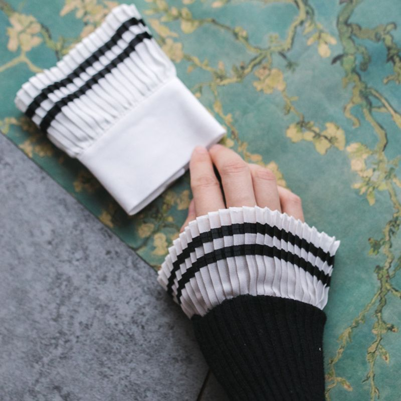 Vintage Tiered Black Trim Decorative Sleeve False Cuffs Pleated Wrinkled Flare Wristband Sweater Clothes Accessories For Women