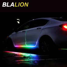 Araba RGB Led ışık şerit Led lamba kapı uyarı flaş lambası 12v otomatik uzaktan kumanda şerit RGB renkli dekoratif atmosfer ışığı