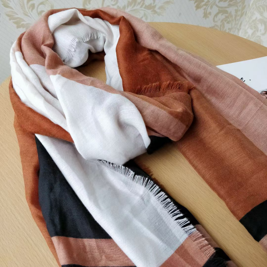 New Italian luxury ladies scarf shawl big brand color matching neck longscarf cashmere fashion warm letter ladies singleproducts