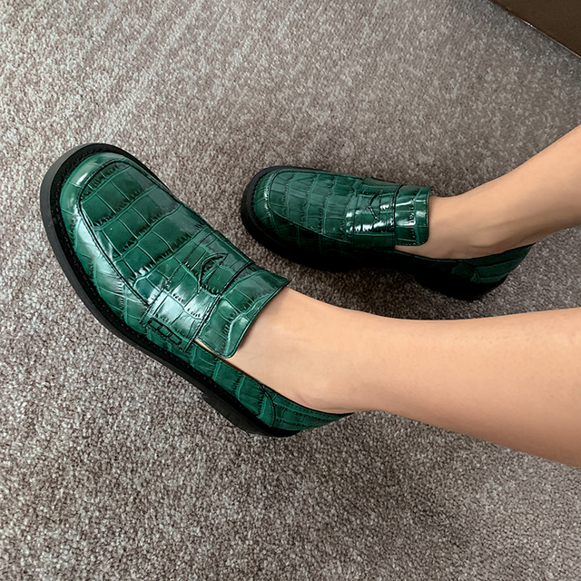 Donna in Pleated Crocodile Pattern Cow leather Loafters Shoes Women Square Heels Spring Female Shoes