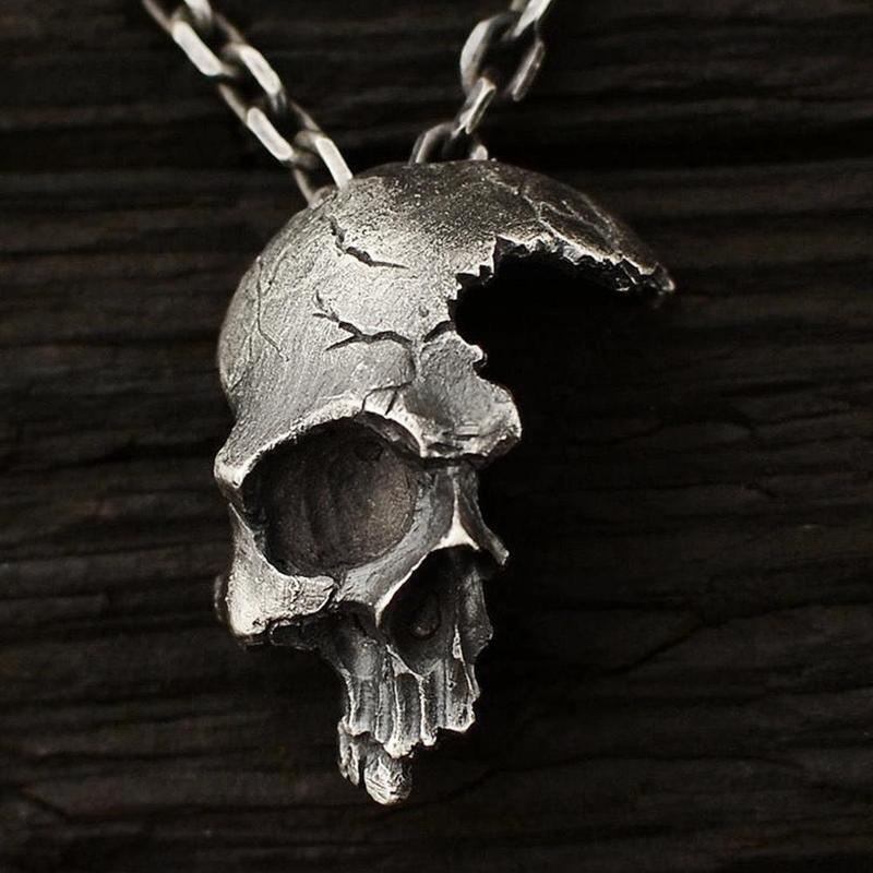2019 Fashion Men Gold Skull Hanging Necklace Sliver Gothic Pendant Necklace Jewelry Street Style Retro Statement Boy Necklaces