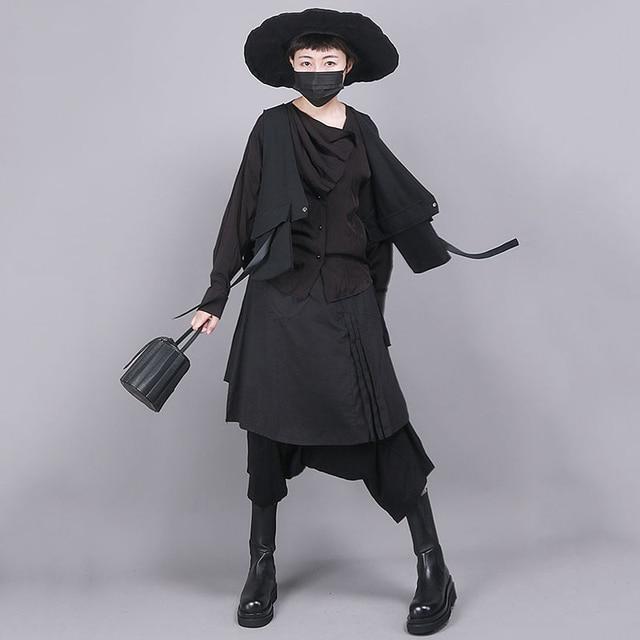 [EAM] Women Black Asymmetrical Split Joint Loose Fit Vest New V-collar Sleeveless   Fashion Tide Spring Autumn 2021 1R854 4