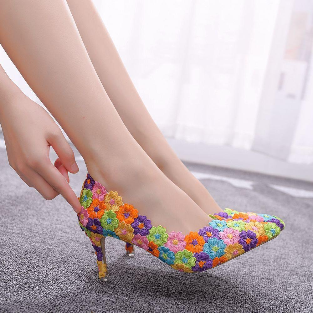 Crystal Queen Women Shoes Mutilcolor Lace Wedding Shoes 7CM High Heels Big Size Shoes Sweet Pumps Princess Party Heels