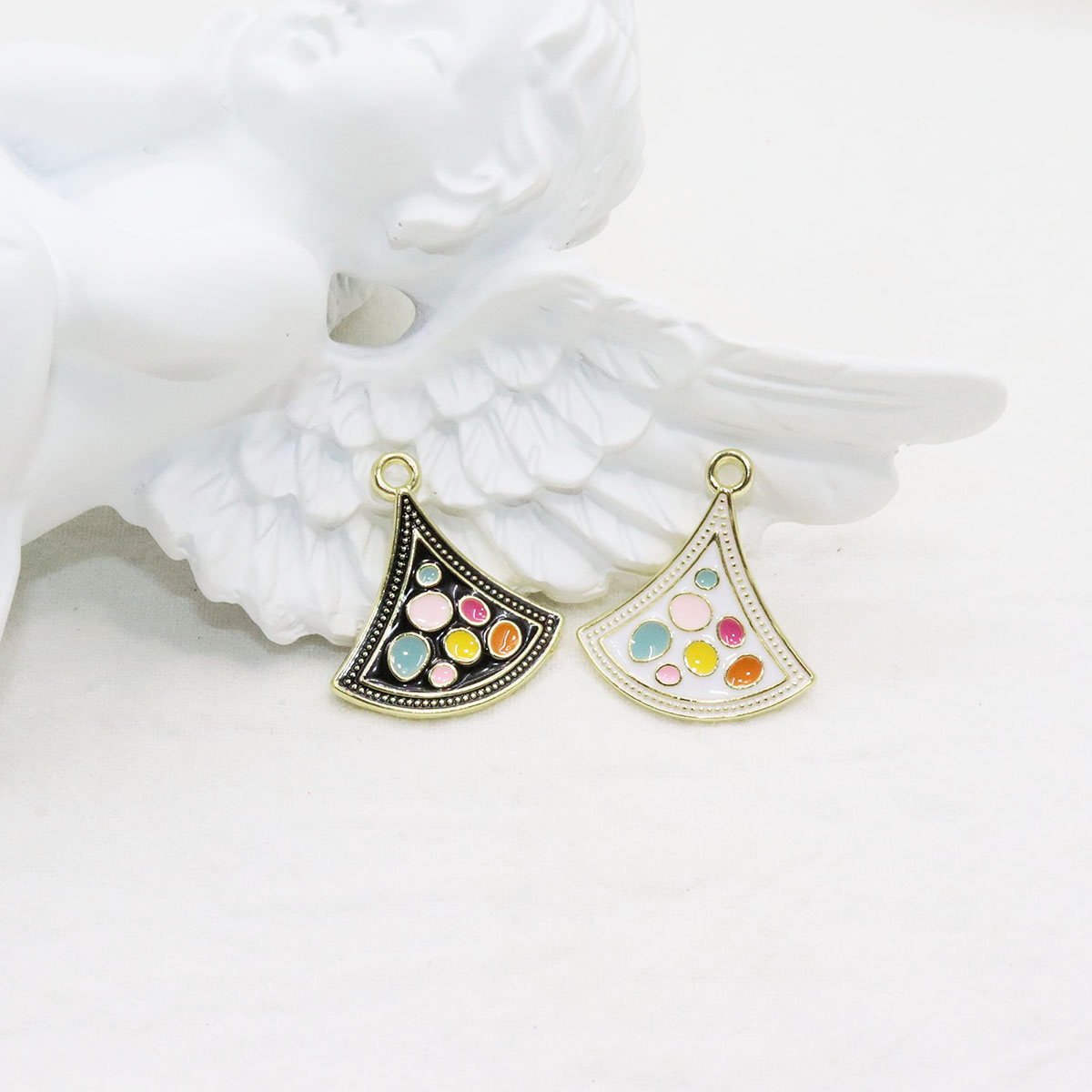 Eruifa 6 шт. 20 мм красивые ювелирные изделия из цинкового сплава эпоксидной смолы DIY Подвески ожерелье, серьги браслет 2 цвета