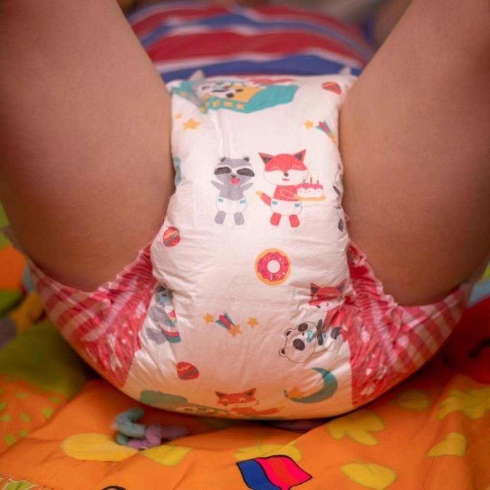 Japanese Panty Fetish Squat