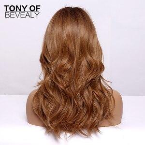 Image 5 - Long Wavy Synthetic WigsกับBangs Ombre Wigsสีน้ำตาลสำหรับธรรมชาติทุกวันปาร์ตี้Wigsทนความร้อน