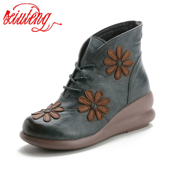 Xiuteng New Round Toe 100% Genuine Leather Wedge Heel Ankle Boots For Women Winter Warm Shoes Women Platform Boots With Flower