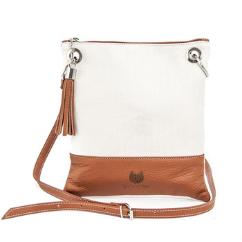 Shoulder bag for woman color leather skin.