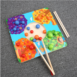 Montessori toys children's educational wooden children's educational toys chopsticks bead clip ball color game 3-6 years old