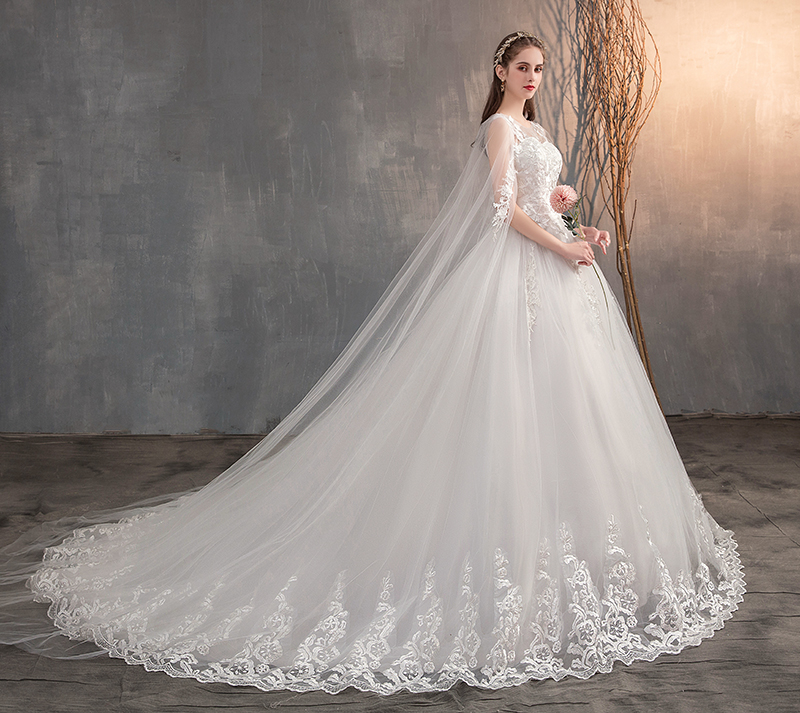 2019 Chinese Wedding Dress With Long Cap Lace Wedding Gown With Long Train Embroidery Princess Plus Szie Bridal Dress(China)