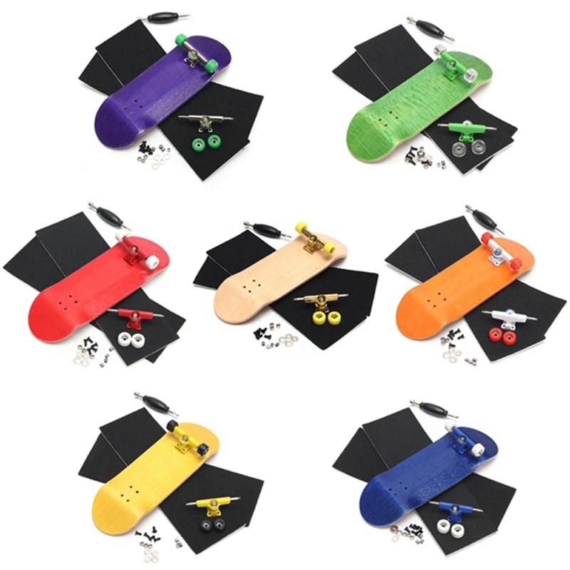 100mmx32mm Mini Wooden Finger Skateboards Professional Wood Finger Skate Board With Bearings Wheel Foam Screwdriver