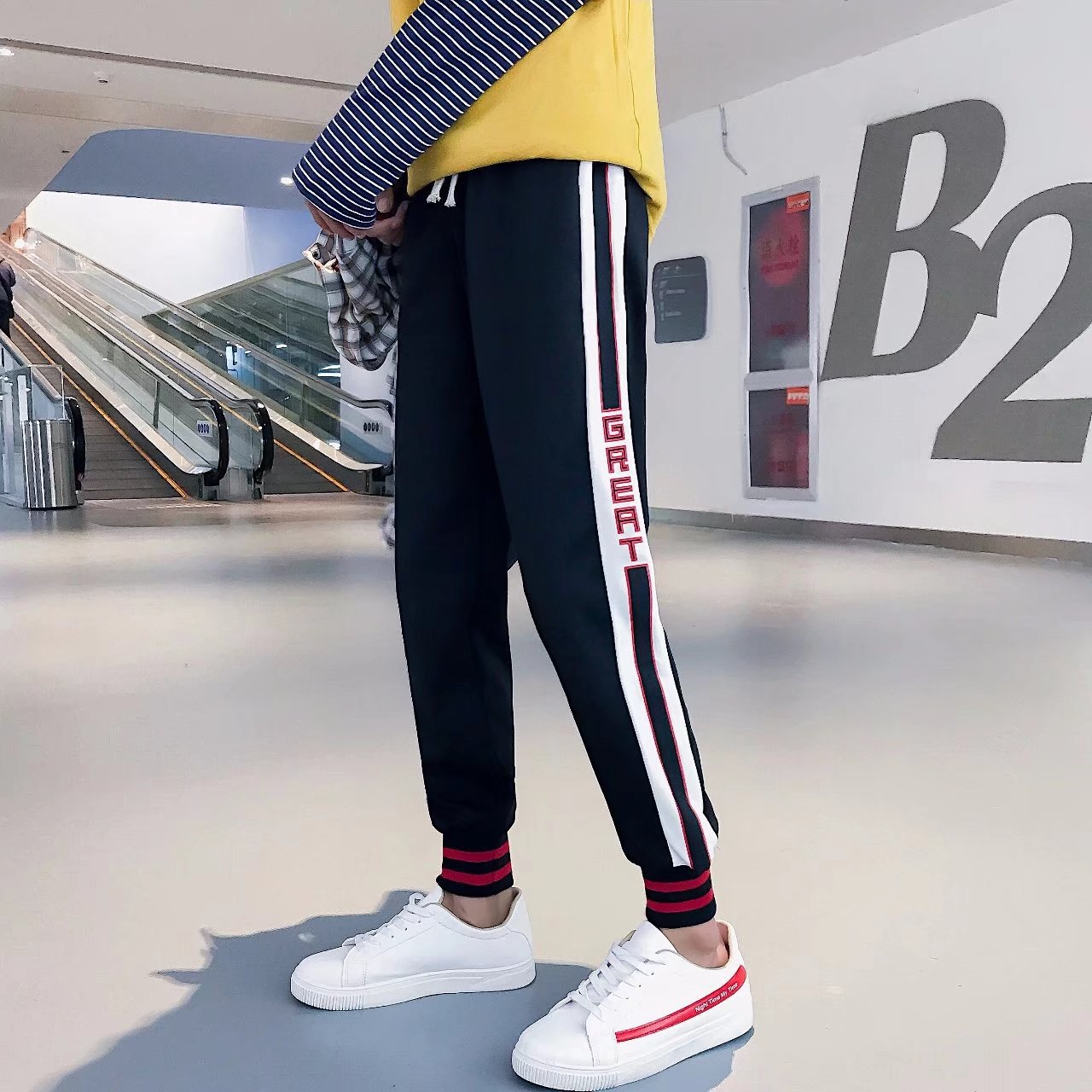 2018 Summer New Style Fashion-Elastic Waist Athletic Pants College Style Side Stripes English Printed MEN'S Casual Pants