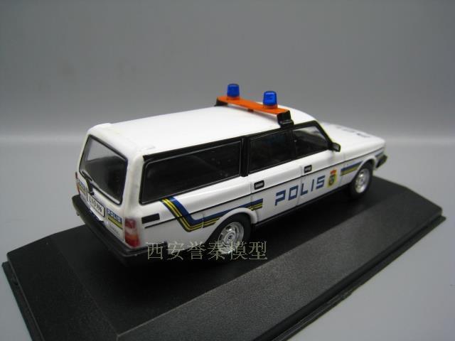 Atlas 1:43 Volvo 240 GLE Wagon Swedish Polis Diecast Car Model Toy